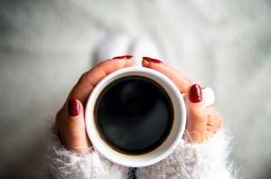 mindfulness drinking coffee